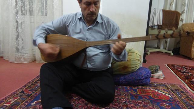 Les Ashiqs, bardes nomades d'Azerbaïdjan