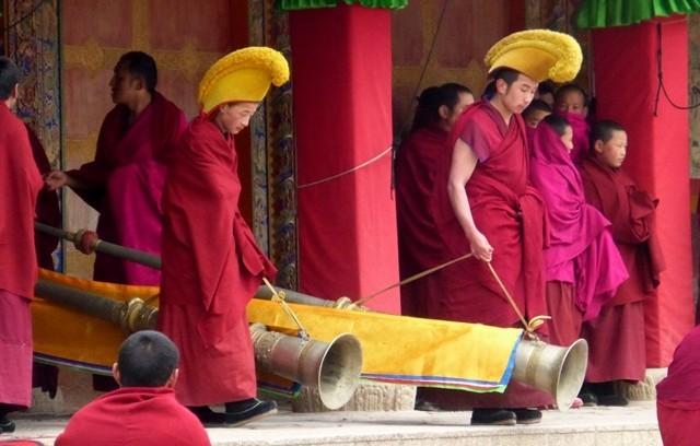 De toute façon au Tibet on est plutôt versé dans le gros calibre.